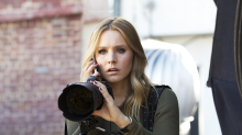 "Kristen Bell revealed the original pitch for ""Veronica Mars,"" and it was way different"