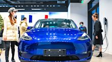 Tesla analyst more than doubles stock price target to $1,036