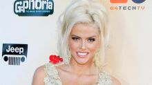 Anna Nicole Smith Was Considered for Cameron Diaz's Role in Jim Carrey's Comedy 'The Mask'