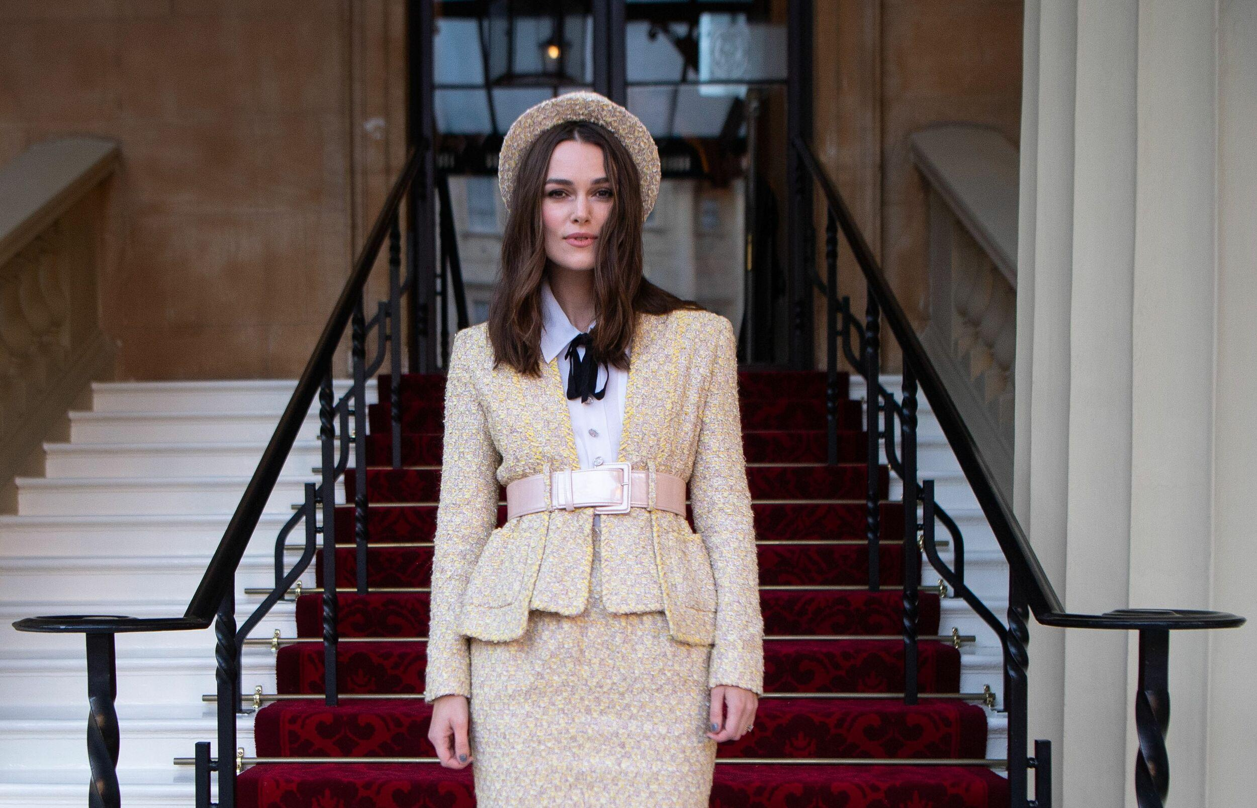 British actress Keira Knightley poses as she arrives at Buckingham Palace in London on December 13, 2018 to be appointed an Officer of the Order of the British Empire (OBE) for her services to drama and charity at an investiture ceremony. (Photo by Victoria Jones / POOL / AFP)        (Photo credit should read VICTORIA JONES/AFP/Getty Images)