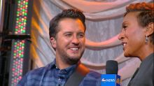 Luke Bryan unveils New York's Opry City Stage, talks holidays with his family