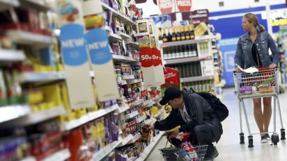 UK inflation fall complicates interest rates message