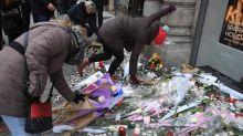 Des centaines de personnes réunies en hommage aux victimes de l'attentat de Strasbourg