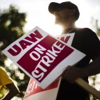 GM could lose up to $100m a day during strike