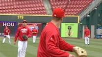 Reds Warm Up For Opening Day