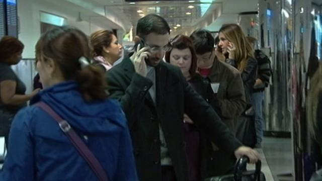 Hurricane Sandy: Air Travel Shuts Down on East Coast