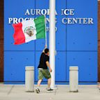 US Flag Replaced With Mexican Flag During Protest at ICE Detention Facility