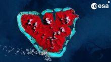 Por San Valentín la ESA nos lleva a la isla del amor amenazada por el calentamiento global