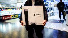 Playstation 5, Xbox Series X : les usines tournent à plein mais les consoles n'arrivent pas