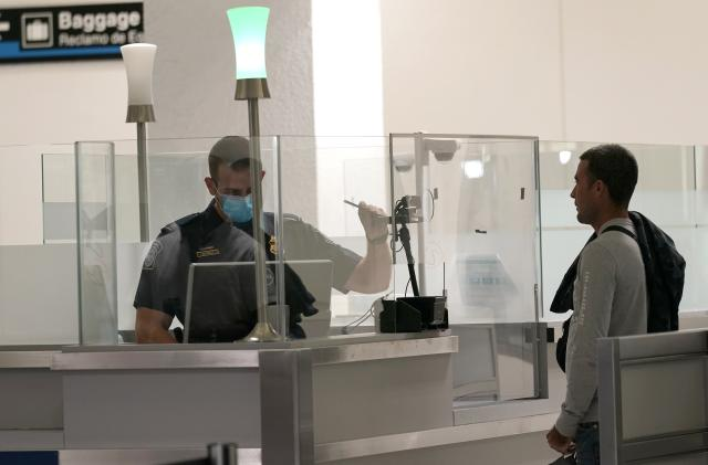 Civil rights groups demand CBP stops facial recognition expansion at airports