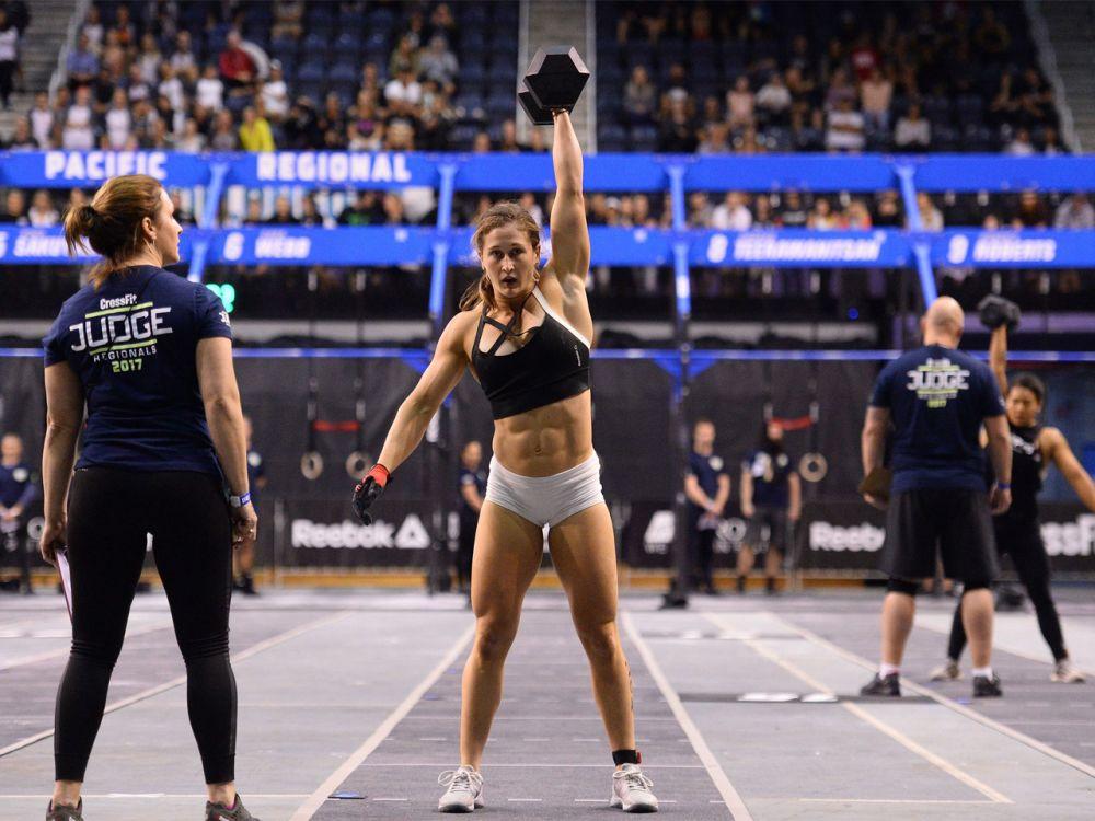 """Platz 10 der Frauen: Bei den CrossFit Games 2017 ist auch Tia-Clair Toomey mit dabei. Die australische Gewichtheberin ist kein unbeschriebenes Blatt. Sie landete bereits als """"Rookie"""" auf den zweiten Platz bei den CrossFit Games 2015 und nahm 2016 sogar bei den Olympischen Sommerspielen in Rio de Janeiro im Gewichtheben teil. Sie belegte Platz 14. (Bild-Copyright: Photo courtesy of CrossFit Inc.)"""
