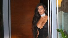 Revelador look de lencería de Kim Kardashian