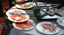 """""""Para lograr unas lonchas de jamón perfectas hay que emplear un cuchillo de salmón"""""""