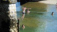 """Noyades : des adolescents sautent de ponts """"pour montrer leur force et chercher leurs limites, au péril de leur vie"""", alertent les maîtres-nageurs sauveteurs"""