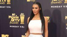 Internet-User ätzen gegen Kim Kardashian – der Grund sind die Haare ihrer Tochter