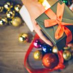 4 Holiday Gifts You Can Give Your Career