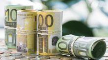 EUR/USD Price Forecast – Euro Bounces