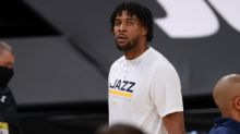 Report: Thunder Acquire Favors, Future First-Rounder From Jazz