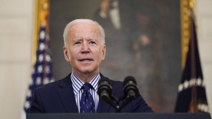 Poll reveals U.S. attitudes toward Biden on virus