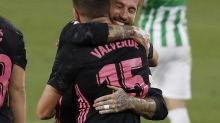 Liga Spanyol: Diwarnai Gol Bunuh Diri dan Penalti, Real Madrid Bungkam Real Betis