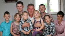 Dying mum's 15 rules for dad raising eight kids alone