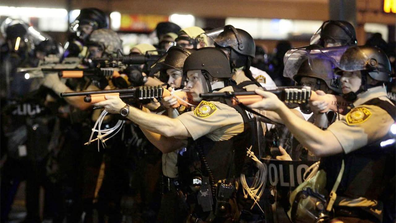 Police Shoot Unarmed Teen in Ferguson, St. Louis, Michael