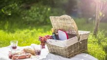 Must have wine accessories for a summer of picnics and al fresco dining