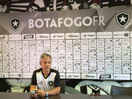 Bastidores: chefe do departamento médico do Botafogo é demitido