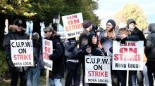 Small businesses call for quick end to rotating strikes at Canada Post