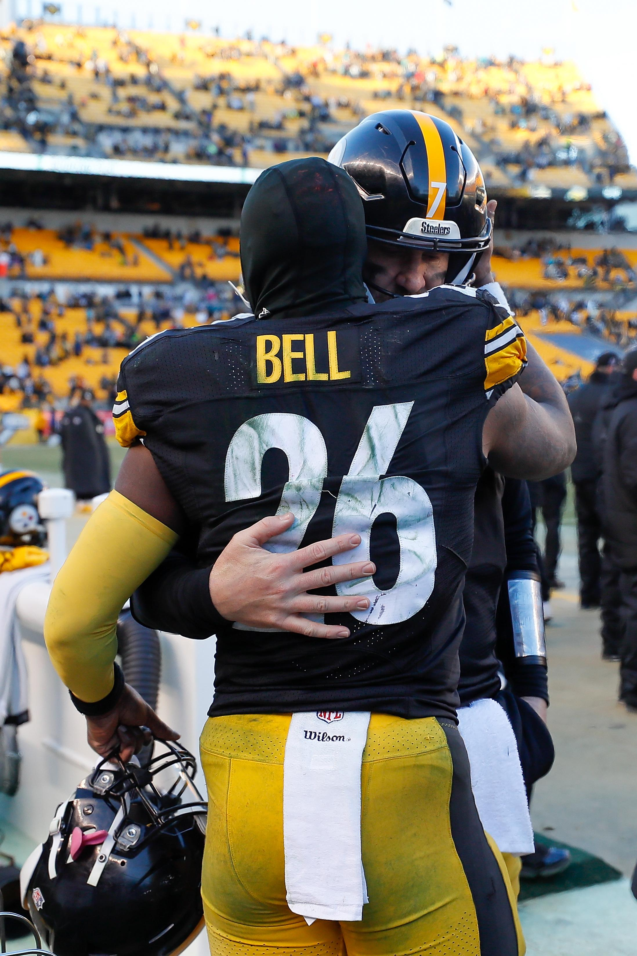 The 10 most interesting players of the NFL offseason: Le'Veon Bell keeps spectators guessing