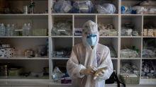 Iraqi doctors protest unemployment as coronavirus cases surge