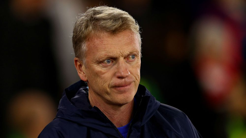 Sunderland back Moyes despite admitting reporter exchange was 'wholly unacceptable'
