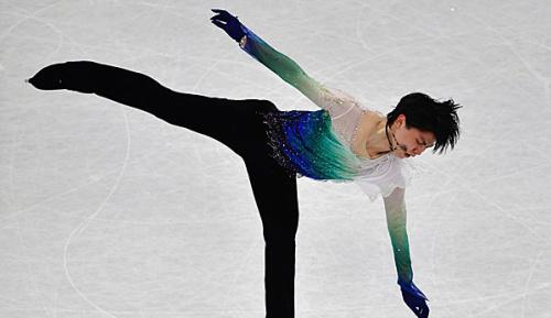Eiskunstlauf: Hanyu stürzt Fernandez vom Thron - Eistanz-Titel an Virtue/Moir