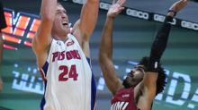 Pistons come into Miami and roll past reeling Heat, 120-100