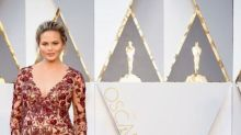 Pregnant Chrissy Teigen Had To Be Sewn Into Her Oscars 2016 Dress