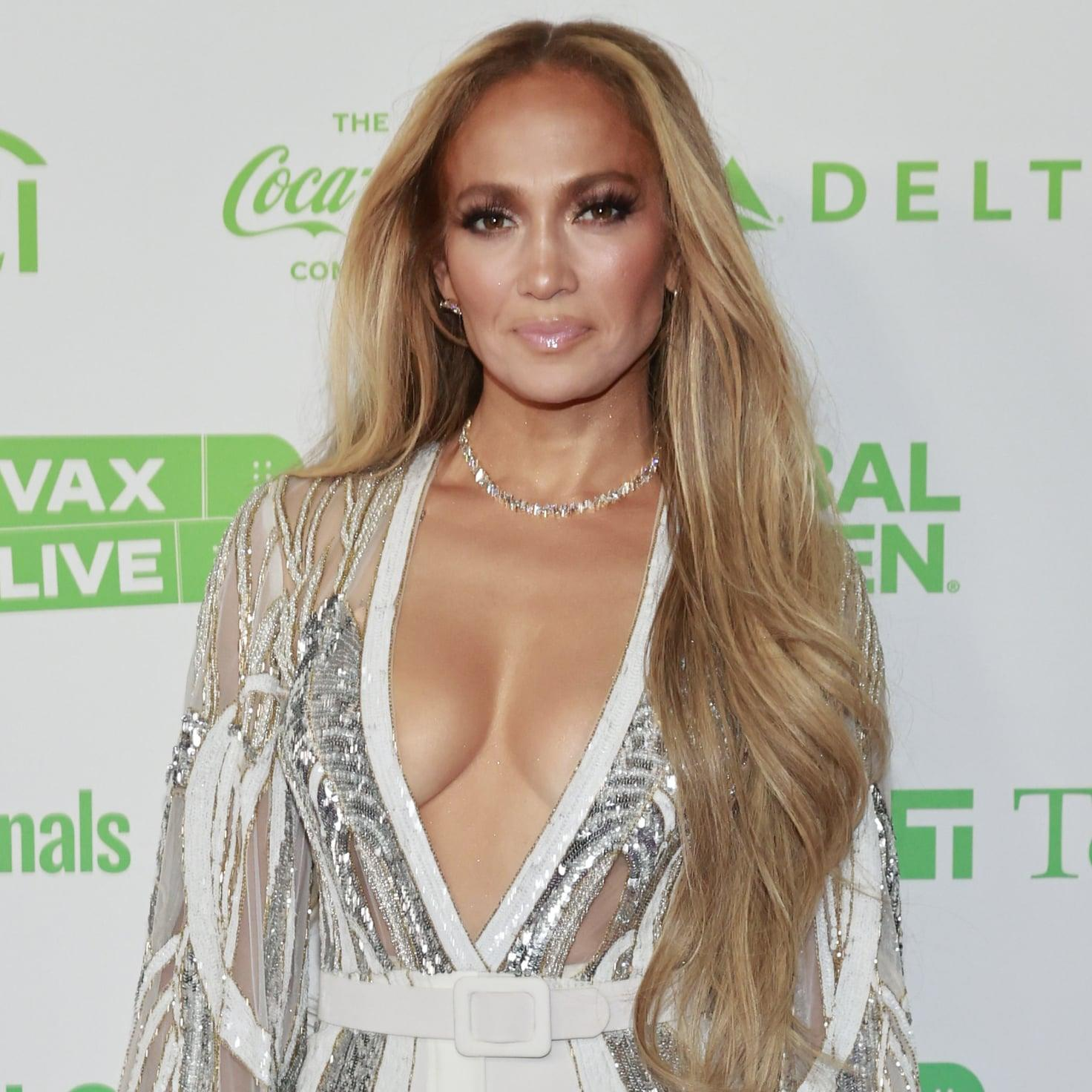 Jennifer Lopez's Birthday Bikini May Be the Only Thing Hotter Than Her PDA With Ben Affleck – Yahoo Lifestyle