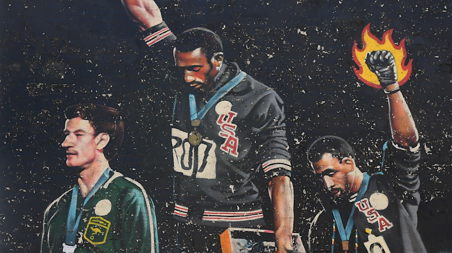 The forgotten man in an iconic Olympic image