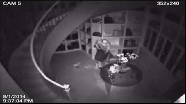 Robber Seen Cleaning Out America's Biggest Closet