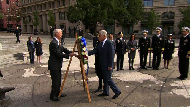 Navy Yard shooting victims honored in wreath-laying ceremony