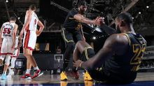 LeBron James, Anthony Davis just as dominant but very different from Shaq and Kobe