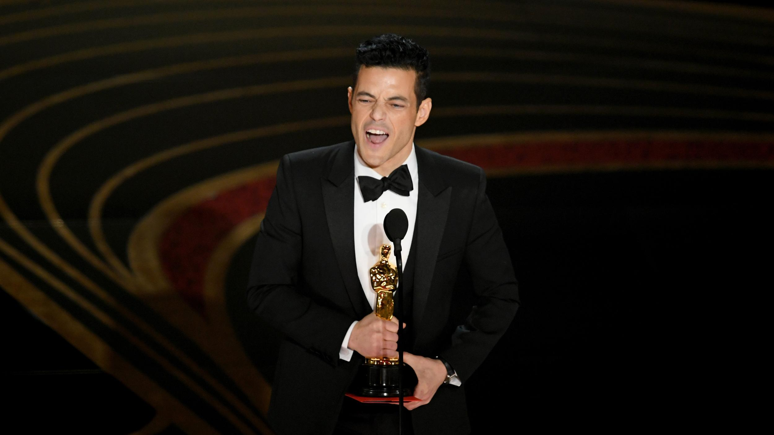 HOLLYWOOD, CALIFORNIA:  (EDITORS NOTE: Retransmission with alternate crop.) Rami Malek accepts the Actor in a Leading Role award for 'Bohemian Rhapsody' onstage during the 91st Annual Academy Awards at Dolby Theatre on February 24, 2019 in Hollywood, California.  (Photo by Kevin Winter/Getty Images)