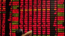 MERCADOS GLOBALES-Retorna la tranquilidad a los mercados bursátiles de la mano de Italia