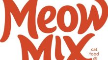 Iconic Meow Mix® Jingle Remixed by Sassy Felines Singing Soulful R&B Tune