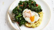 Poached Eggs with Cauliflower & Kale Is Seriously Delicious (and Healthy)
