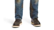 Nordstrom está vendiendo unos pantalones sucios por 400 dólares