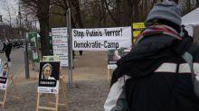 Protestcamp für Freilassung von Nawalny am Brandenburger Tor