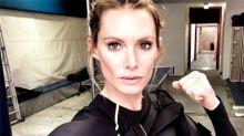 """La doble de Milla Jovovich demanda a """"Resident Evil"""" tras perder un brazo en un accidente """"catastrófico"""" en el rodaje"""