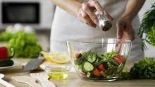 """La dieta """"low carb"""": 5 ricette per scegliere i carboidrati buoni, dimagrire e migliorare la salute"""