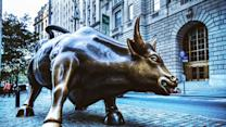US stocks move higher, on track for best week this year