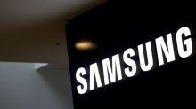Samsung Elec shows off new design for square-folding phone